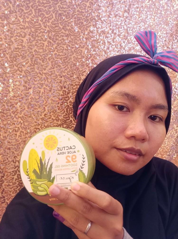 [Review] Ademnya N'Pure Cactus Aloe Vera 92 Soothing Gel With Lemon Beads Tau Dari Blogger - TDB
