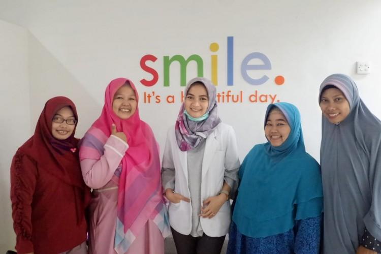Senyum Indah Berawal Dari Gigi Yang Sehat