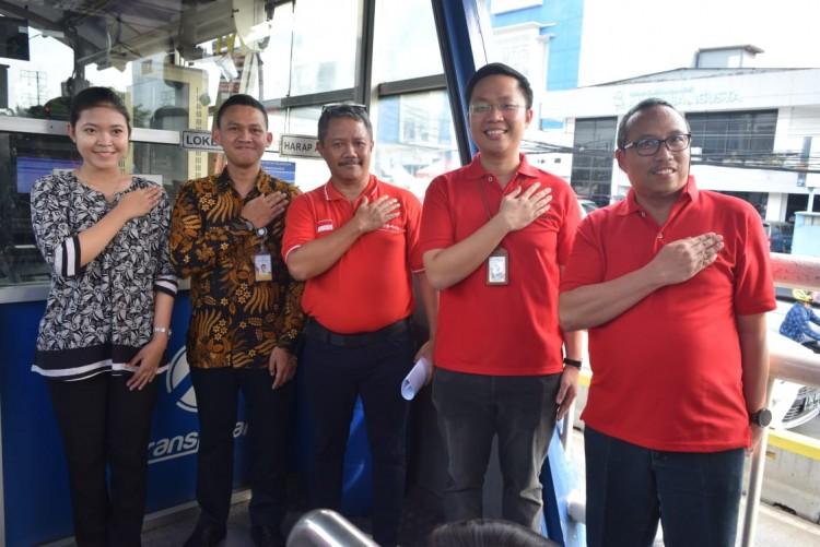 Dirut LRT Jakarta dan Dirtek Transjakarta Cek Lokasi Skybridge Stasiun Velodrome