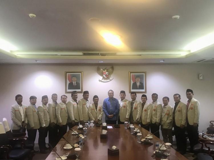 Pemuda DMI Dan Pemuda Muhammadiyah Kongkritkan Rencana Pemberdayaan Ekonomi Ummat Tau Dari Blogger - TDB