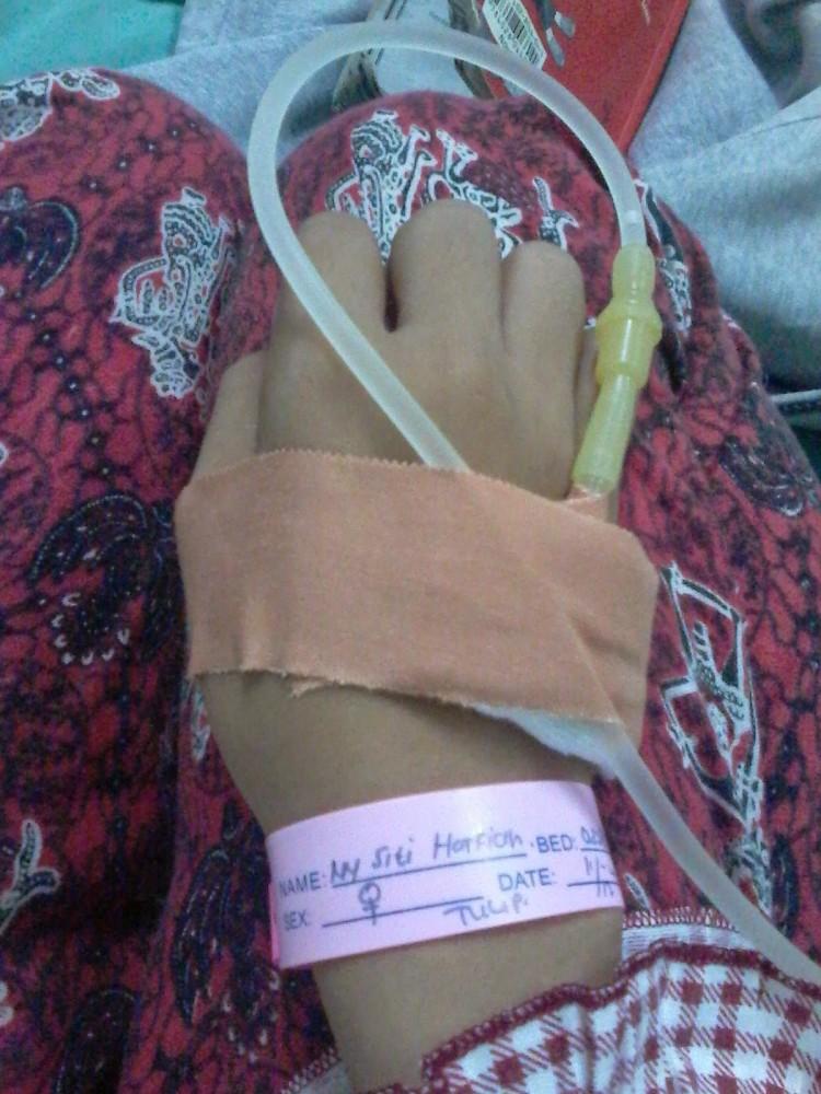 Pengalamanku Hidup Dengan Tumor