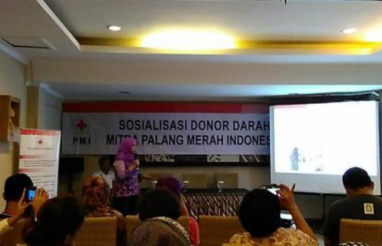 Nyimak Seru Sosialisai Donor Darah Bersama dr. Prealita M.biomed Dan Apa Kata Ibu Sylviana Murni tentang Donor Darah?